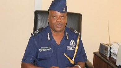 Photo of Akufo-Addo promotes 21 Police officers;5 DCOPs, 16 ACPs