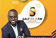 Photo of Abeiku Santana heads to Salt 95.9 FM launch at Agogo in 2020