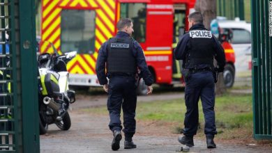 Photo of One person killed, two injured in stabbing attack in Paris suburb