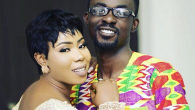 Photo of Video: NAM1's wife spotted partying hard in a limousine