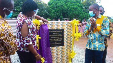 Photo of Amma Frimpomaa donates mechanised borehole to Odumaseman Senior High School