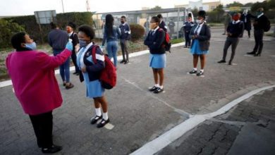 Photo of South Africa closes public schools as coronavirus cases rise