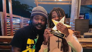 Photo of Ghanaians troll Ras Kuuku after reports that his VGMA Award has been stolen