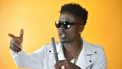 Photo of Drop ban on celebrities advertising for alcoholic beverages – Shatta Wale to FDA