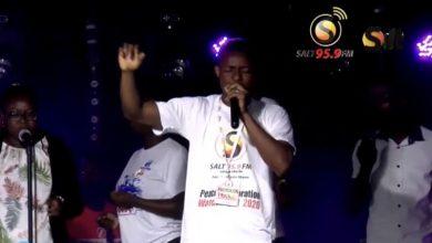 Photo of Video: Richard Mensah's exhilarating performance at Salt FM's Peace All-Night service