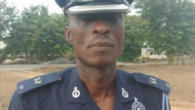 Photo of Police Commander shoots himself
