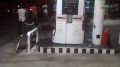 Photo of E/R: Armed robbers kill 32-year-old man in fuel station robbery