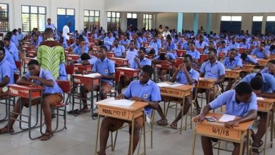 Photo of Nigerian parents, teachers unhappy Ghanaian students topped 2020 WASSCE, here's why