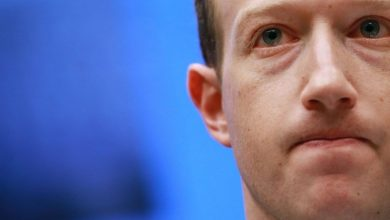 Photo of Zuckerberg loses billions amid widespread outages and whistleblower revelations